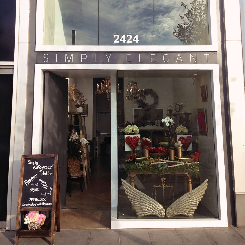 simply-elegant-store-front